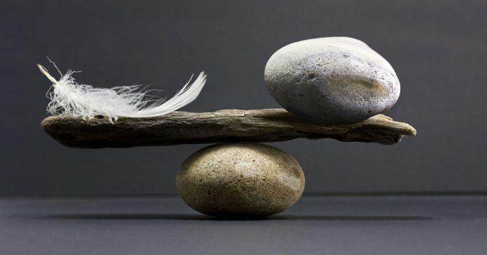Cumpănă, balanță