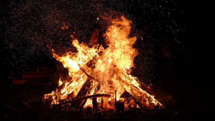 foc, tabără