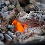cărbuni, jar, foc