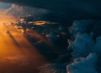 cer, nori, furtună