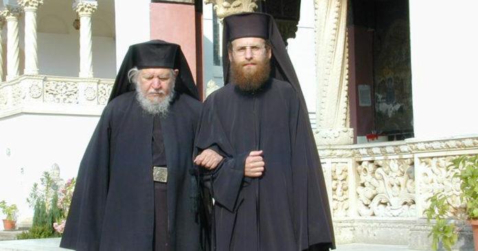 Părintele Teofil Paraian împreună cu cel care va deveni PS Sofian Brașoveanul