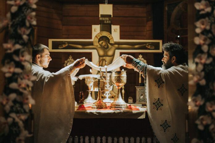 Sfânta și Dumnezeiasca Liturghie, crezul