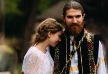 nuntă tradițională, mire, mireasă, port popular, costum popular